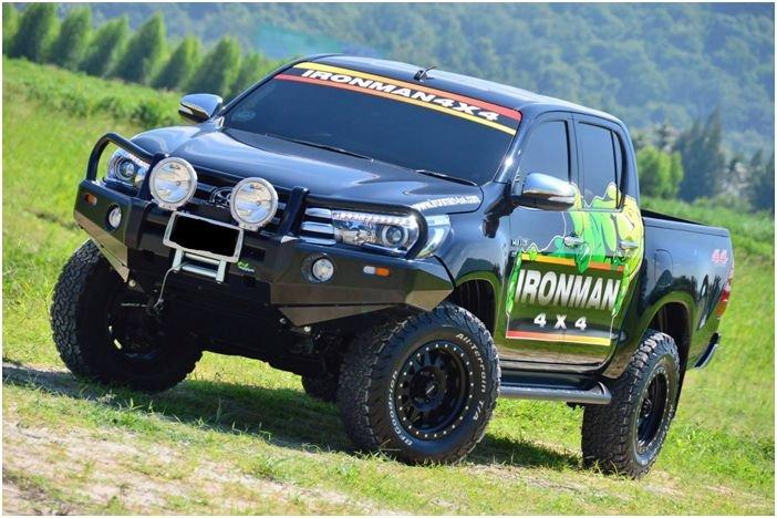 Toyota Hilux ab Baujahr 2015 (Modell Revo)